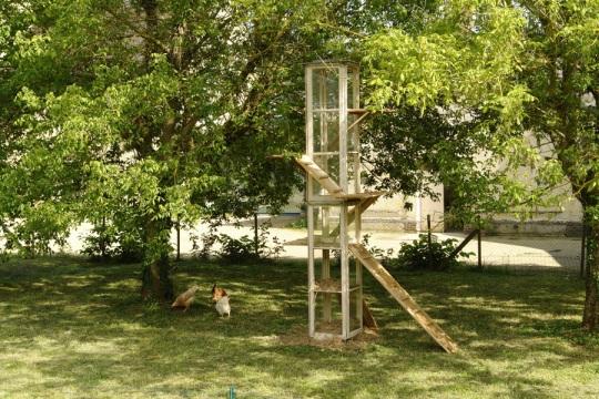Lucas Biberson et Guillaume Henry, 1-FR-7234087, 2012, logement collectif pour poules.