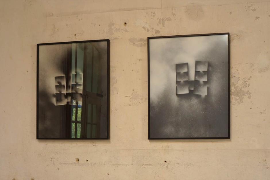 Marie-Jeanne Hoffner, Aéro-grammes, série de 4 peintures sur acétate, encadrées 50x 65 cm, 2014, courtesy galerie Dohyang Lee, Paris, Payne Shurvell Gallery, London©James Porter