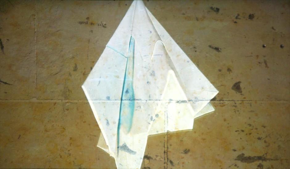 Marie-Jeanne Hoffner, Folds endless folds, dyptique video, courtesy galerie Dohyang Lee, Paris, Payne Shurvell Gallery, London © James Porter