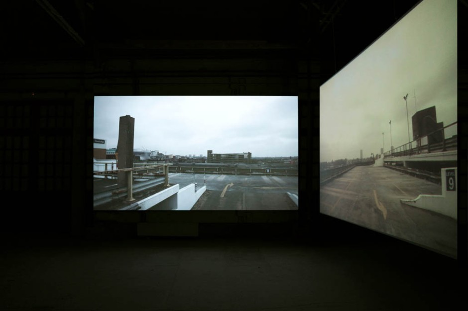 Oliver Beer, The Resonance Project: Pay and Display, 2011, installation vidéo sur deux écrans, courtesy Galerie Ropac, © James Porter