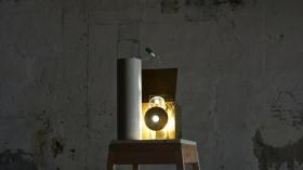 Francisco Tropa. Lanterne (goutte), 2012 - 2013. Courtesy of the galerie Jocelyn Wolff, Paris. Photo © James Porter